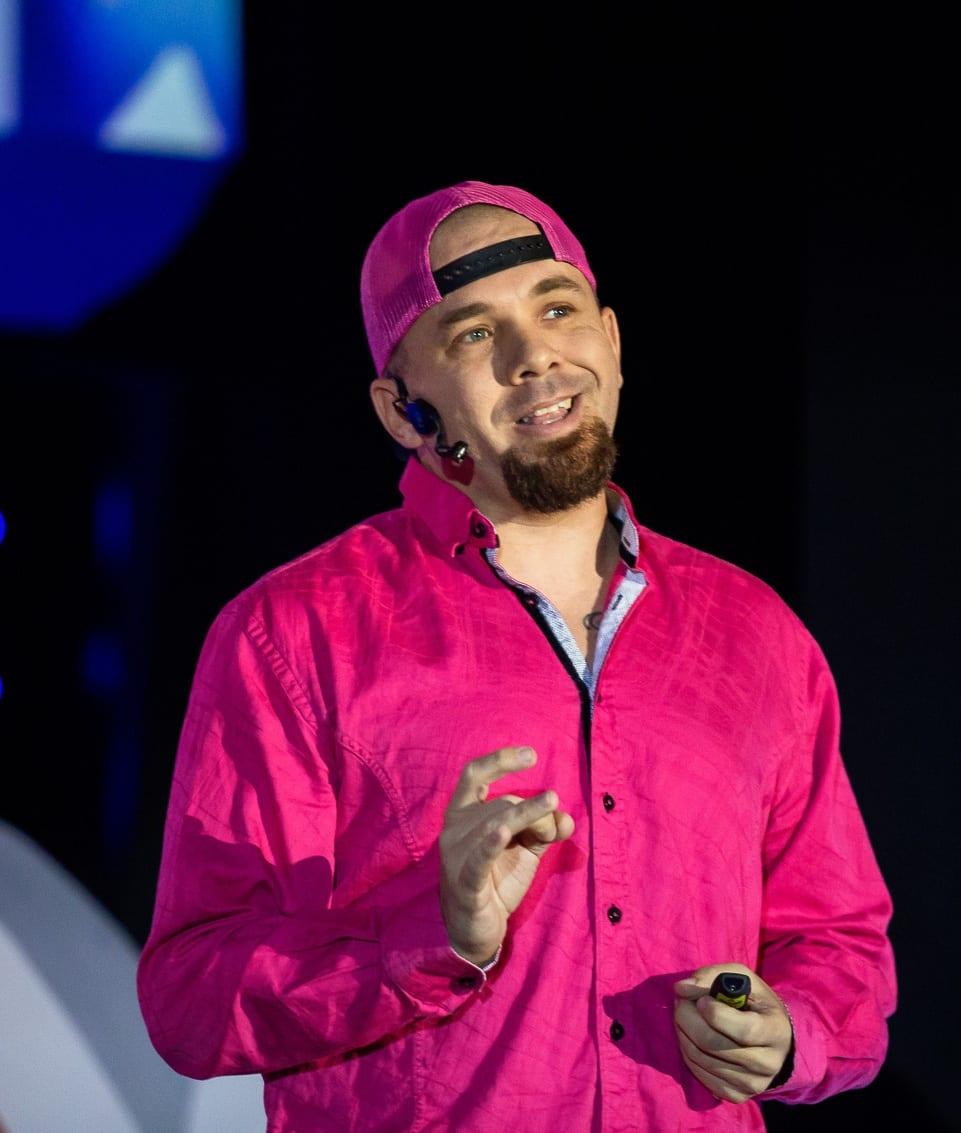 Digital Futurist Keynote Speaker Brian Fanzo in Pink